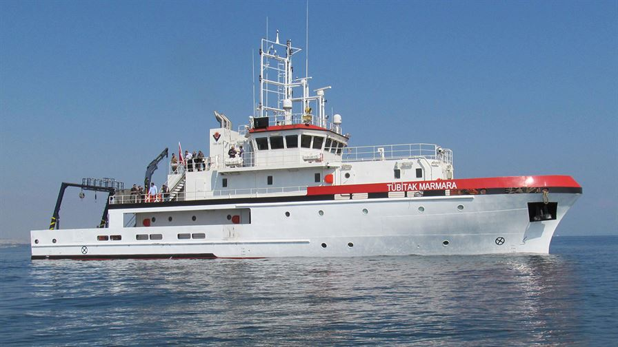 Tubitak's latest design for Research and Surface Scan Boats chromium cranes were delivered.1